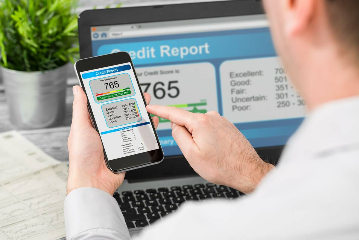 loan applicant checking credit file online